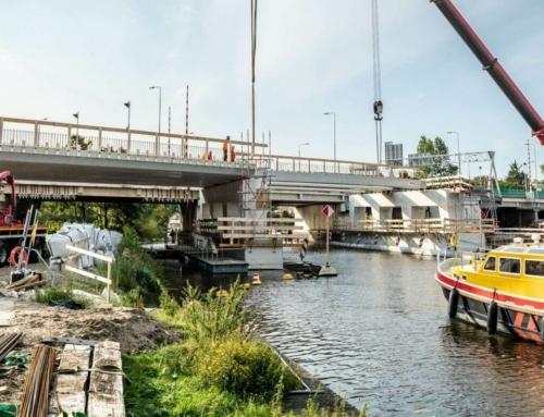 Plaatsen aanvaarbeveiliging brug oude Rijn