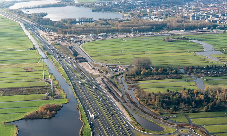 Luchtfoto A4-N434 - Fly-overs Knooppunt Hofvliet