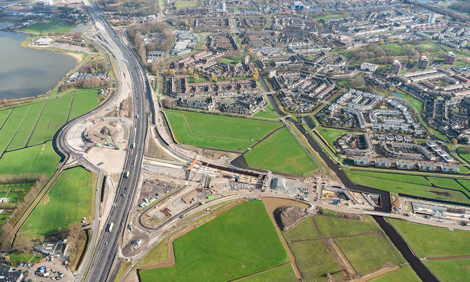 Luchtfoto A44 - Overzichten Knooppunt Ommedijk-2