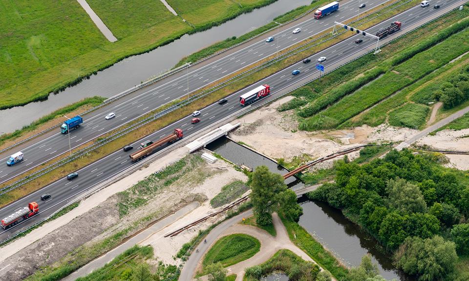 Luchtfoto Duikerbrug Bakkersloot