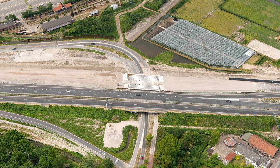 Luchtfoto viaduct Ommedijkseweg