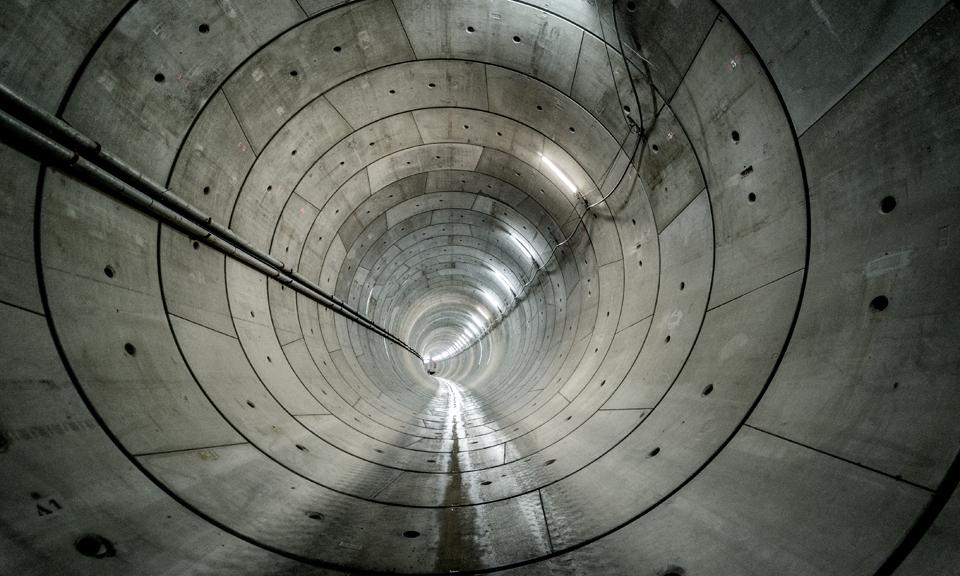 In de eerste tunnelbuis
