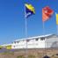 Keet Boskalis met vlaggen