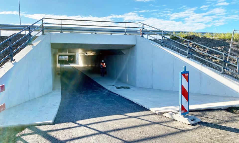 Voorkant fietstunnel Hofweg A4