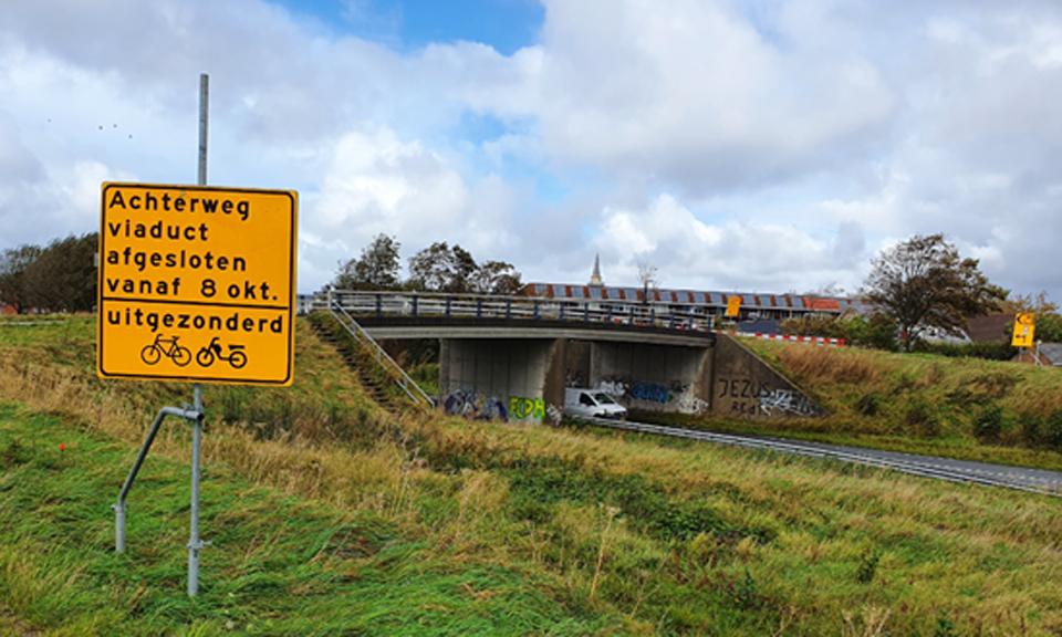 Werkzaamhedenbord Achterweg viaduct
