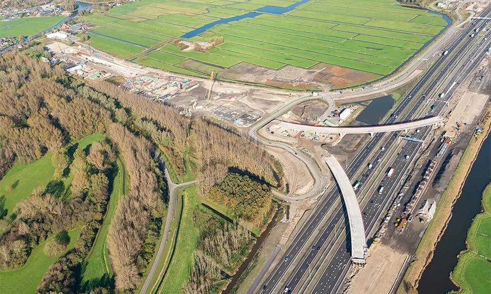 Luchtfoto knooppunt Hofvliet richting