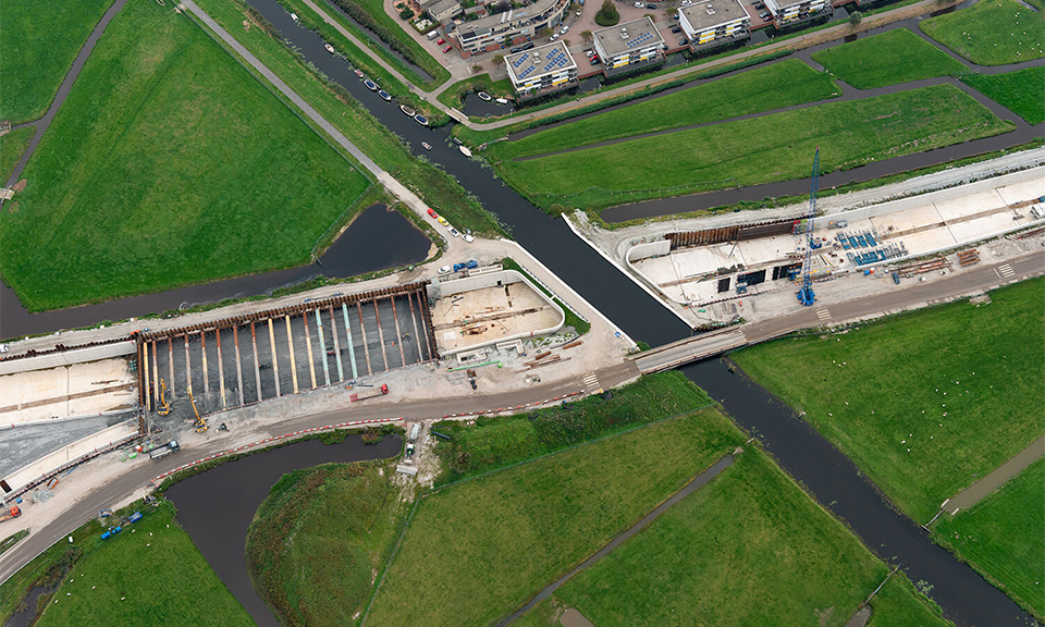 Luchtfoto aquaduct Veenwatering